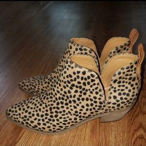 Nine West Cheetah Print Ankle Bootie